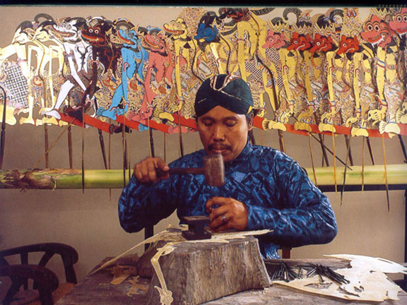 The process of leather puppets-making.Source: Chamamah Soeratno, et.al. (ads.), 2002. Kraton Jogja: The history and cultural heritage